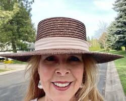 Love hats!