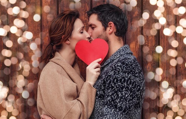 lds singles dating kissing